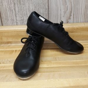 REVOLUTION Dancewear Black Tap Shoes
